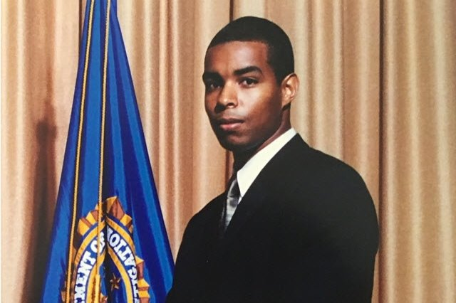 Official portrait of FBI Agent Terry Albury